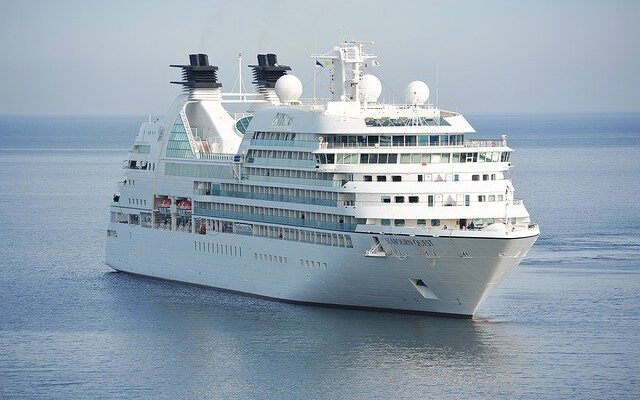 UAE suspends all Cruise Ship Operations