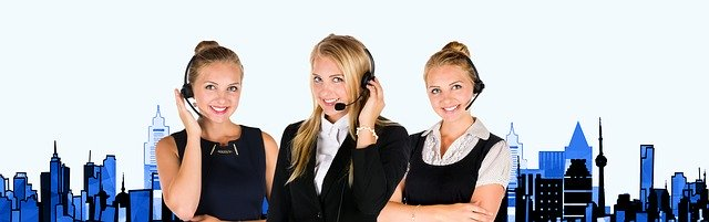 professional trained call center operators