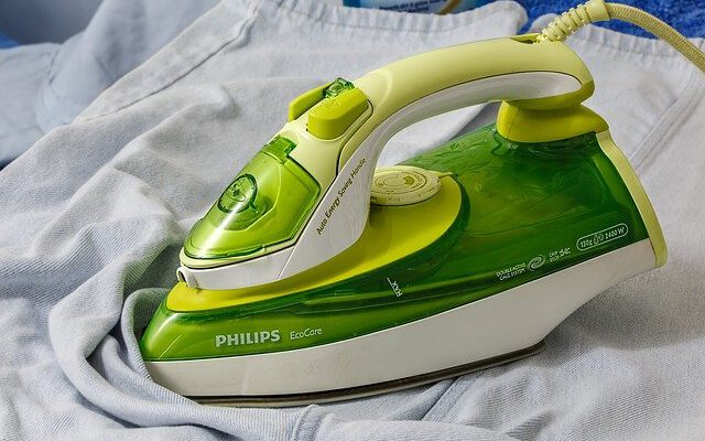 Ironing 4 Ultimate Tips On How To Clean An Iron