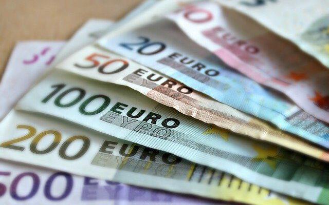 How to Preserve Paper Money