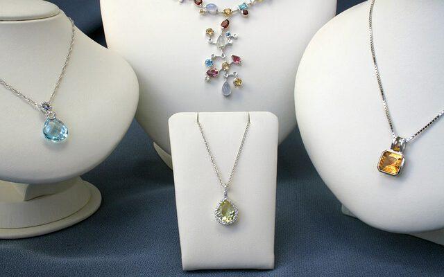 Buying Diamond Necklace