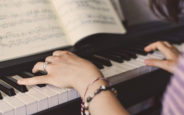 Piano Lessons: What Are The Main Learning Styles?
