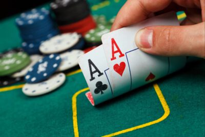 Top 4 Things You Should Know Before Playing Online Poker