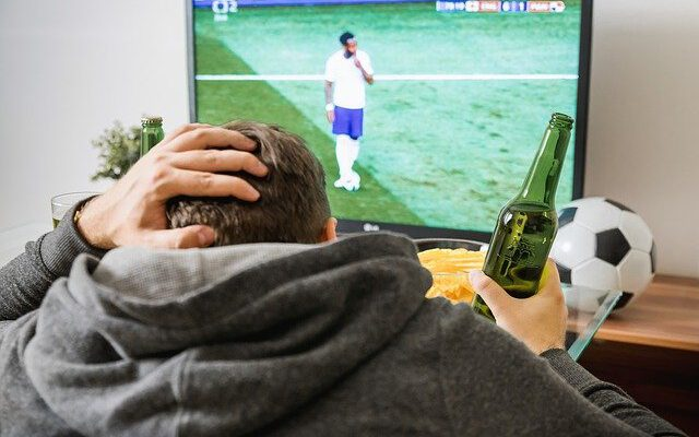 Online Soccer Betting Strategies